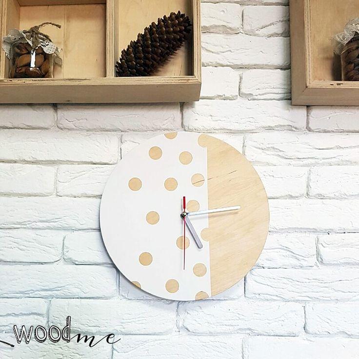 Настенные часы - отличное украшение для дома, а также замечательный подарок на новоселье или Новый год)😉 #мебельдлядома #мебельдлядомаиофиса #мебельиздерева #заказмебели #woodme #madeinukraine #ukrainianfurniture #мебельдлядома #мебельдляофиса #индивидуальныйзаказмебели #киев #часы #настенныечасы #clock
