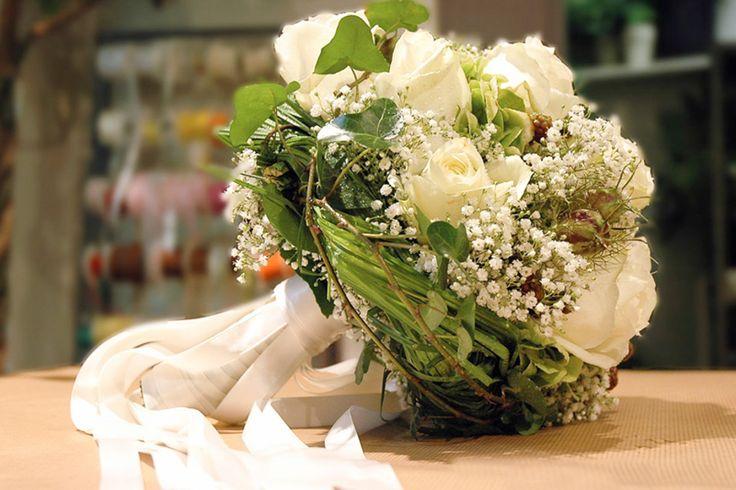 54 best Blumen hochzeit images on Pinterest | Flower arrangements ...