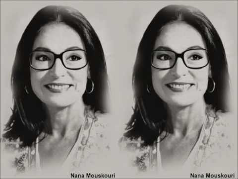 "Nana Mouskouri - ""Sweet Music Man"" (1982) - http://best-videos.in/2012/10/27/nana-mouskouri-sweet-music-man-1982/"