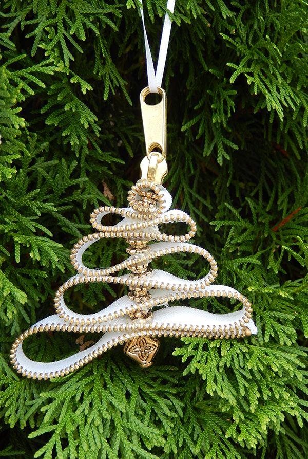 DIY Zipper Christmas Tree ornaments!