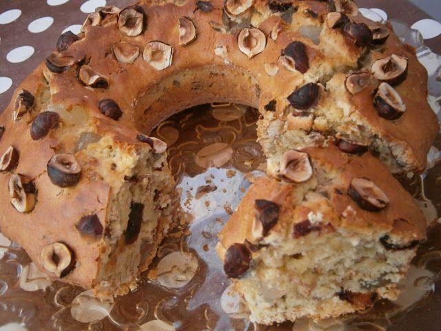 Кекс с фурми,локум,лешници,овесени ядки и орехи
