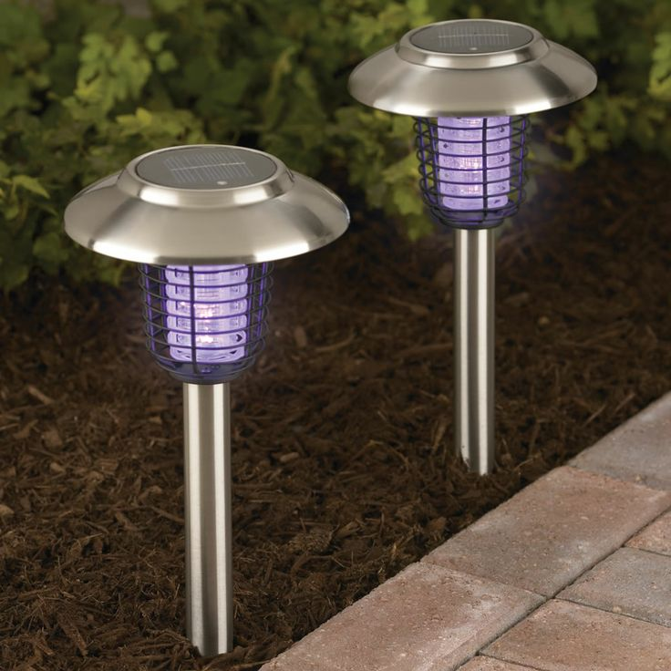 The Solar Insect Zappers - Hammacher Schlemmer
