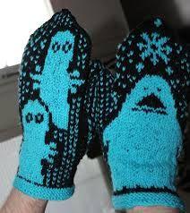 Millaiset tahansa itsetehdyt muumilapaset ja villasukat! :) Itsellä ei taidot riitä tuollaisten tekemiseen :/