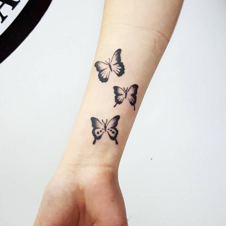Mariposas Blonde Tattoo Studio Artista Juan #tattoo #tatuaje #piercing #art #ink #elephantstencil #vikingink #tattoajesenfoto #instapic #good #like #like4like #instagram #insta #blonde #blondetattoostudio #llevanosentupiel #tatuajesmerlo...