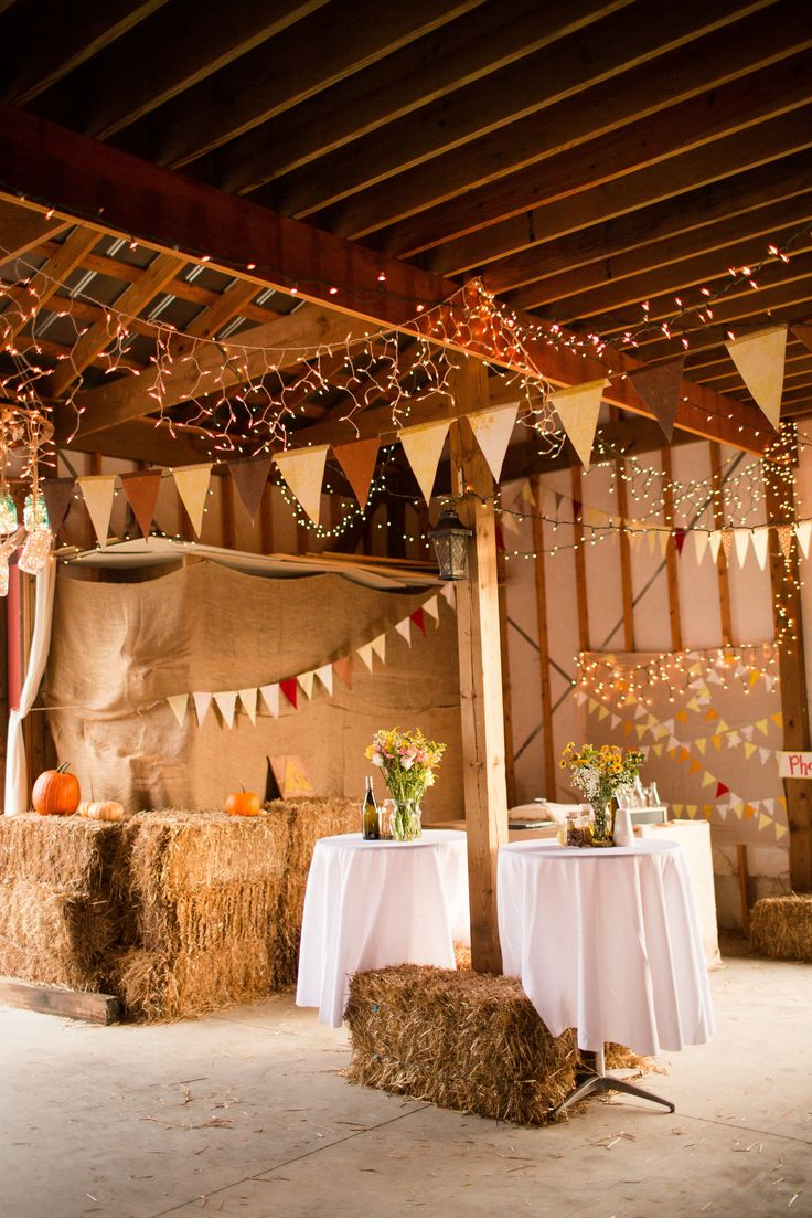127 best barn venues interior decor images on pinterest for Small wedding reception decorations