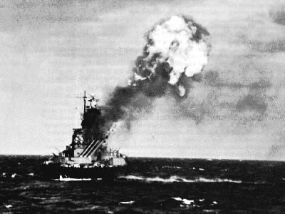 My dad, Alan J. Campbell, served aboard the USS North Carolina during World War 2. This ship was in more battles than any other ship in Naval history. Here I have recounted word for word my dads recollections about getting hit by a torpedo while in the Pacific.    Battleships of World War 2 - The #USS #North #Carolina #BB-55