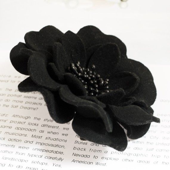 110mm wool felted Dahlia fabric flower corsage brooch pins Black with black core