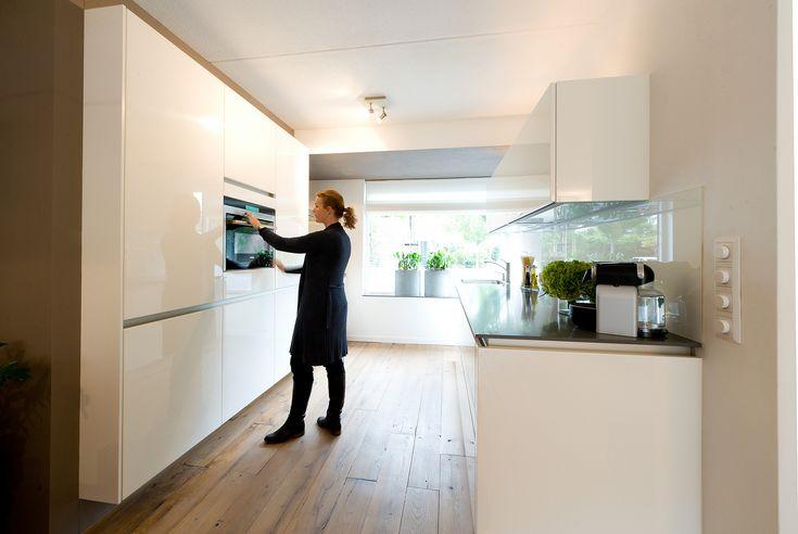 ingebouwde keukenkasten - Google zoeken En gedeeltelijk ingebouwd kan natuurlijk ook!