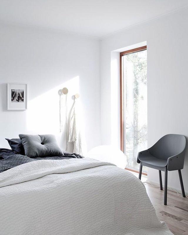 Best Minimalist Bedrooms Thatu0027ll Inspire Your Inner
