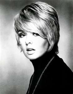 Joey Heatherton: Always loved her haircut.