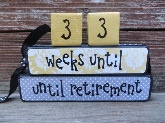 Retirement countdown blocks by DaisyBlossomCreation on Etsy