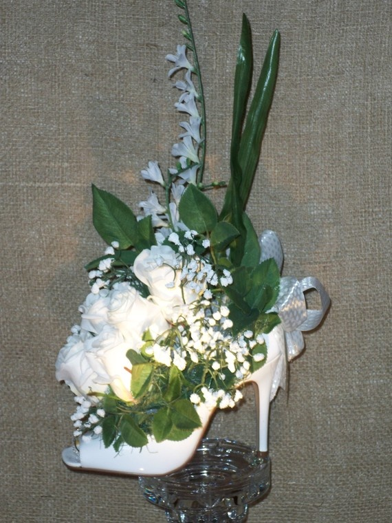 78 best images about wedding or party stilletto theme on for Flower arrangements for sweet 16