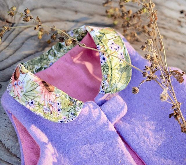 ~ Lavender's Blue ~ T'was my own heart that loved this pretty Pathfinder Vest so 💜💕😍 📷 @fourseasons_crafts