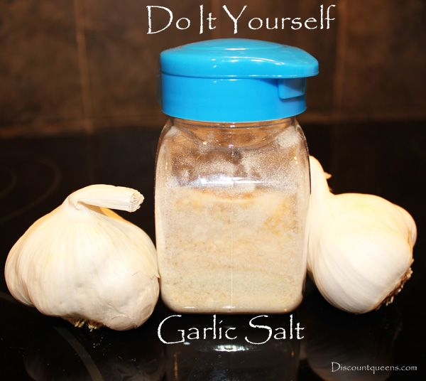Have you ever bought too many garlic bulbs and found yourself throwing them away because they got bad? Be ready to start making your own garlic salt! And, no. You don't need a dehydrator to do it! Find out how ---> http://www.discountqueens.com/garlic-salt/