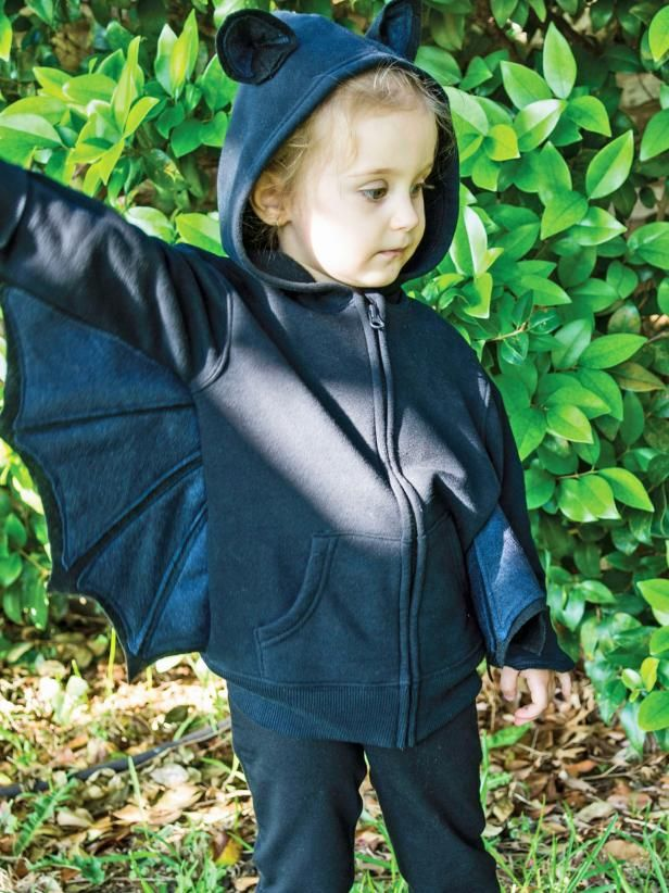 The handmade Halloween costume experts at HGTV.com share step-by-step instructions for turning a black hoodie jacket and felt into a kid's bat costume for Halloween.