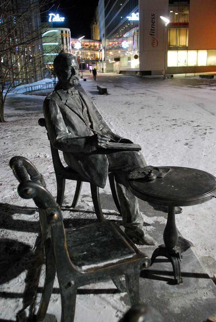Statue of Gustav Fabergé, pärnu, Estonia