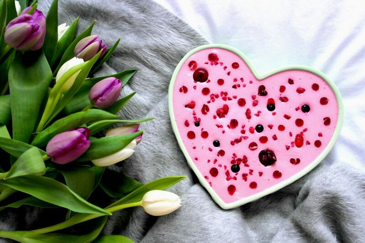 Jogurtowe ciasto z czerwonych owoców   -------> The afternoon spoiling  Yogurt cake with red fruits