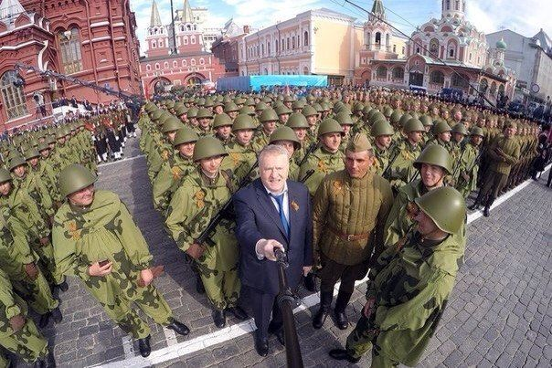 Просто селфи с Жириновским!
