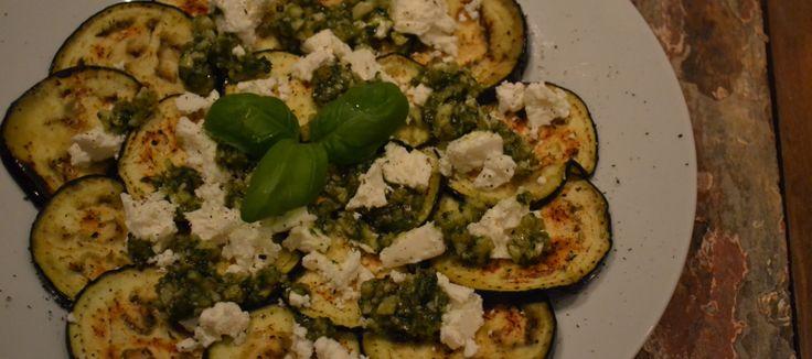 Olie spray + recept; gegrilde aubergine met feta en walnotenpesto | Lekker Tafelen
