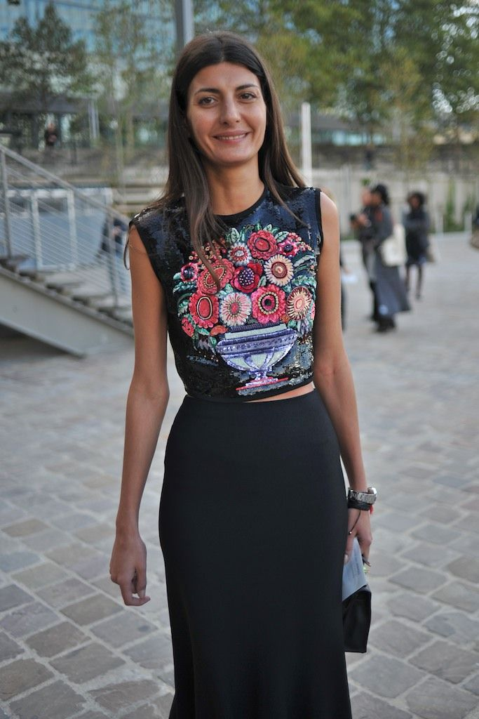 Street Style Paris Fashion Week Giovanna Battaglia #Giovanna_Battaglia #Fashion…