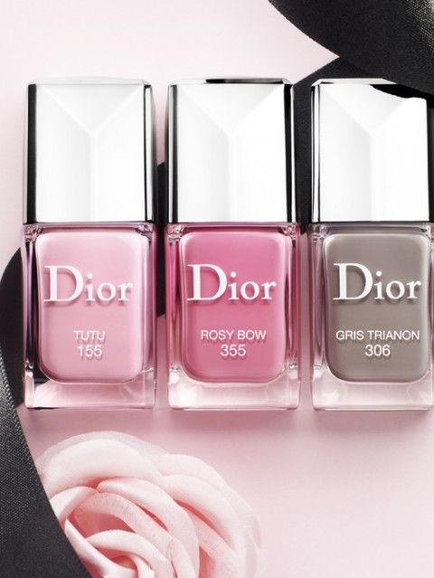 Love Dior nail polish!  My fav colour is shown in the middle - Rosy Bow. The perfect pink!