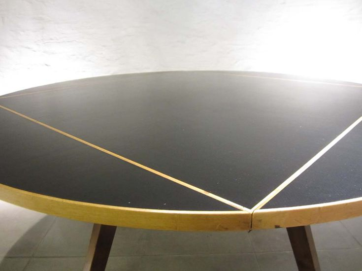 square-round-table-by-max-bill-for-horgen-glarus-1950s-4