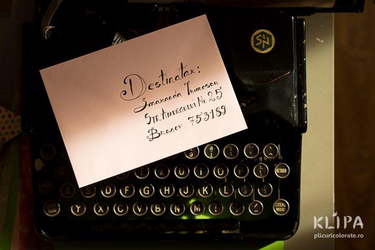 Plicul scris caligrafic
