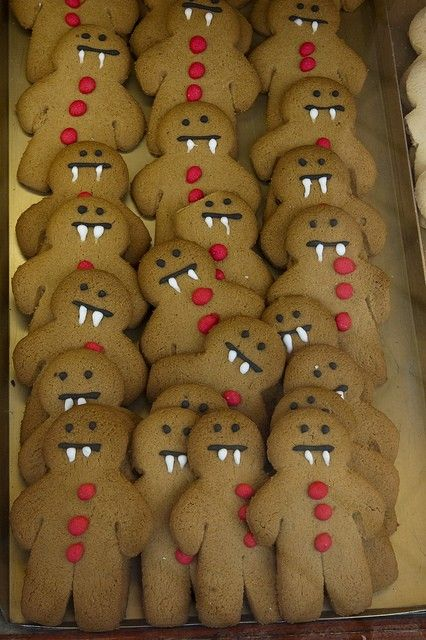 Vampire ginger bread men! Much healthier than sweets! (Healthy Halloween food!)…