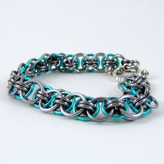Chainmaille Bracelet Helm Parallel Turquoise Blue and Black Ice