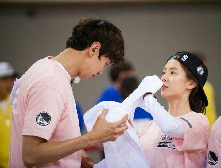 Song Ji Hyo and Lee Kwang Soo, Running Man ep. 301