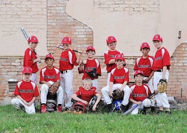 A Place Called Home Blog.  Great idea for a baseball team shot.  By Kristen Jackson Photography