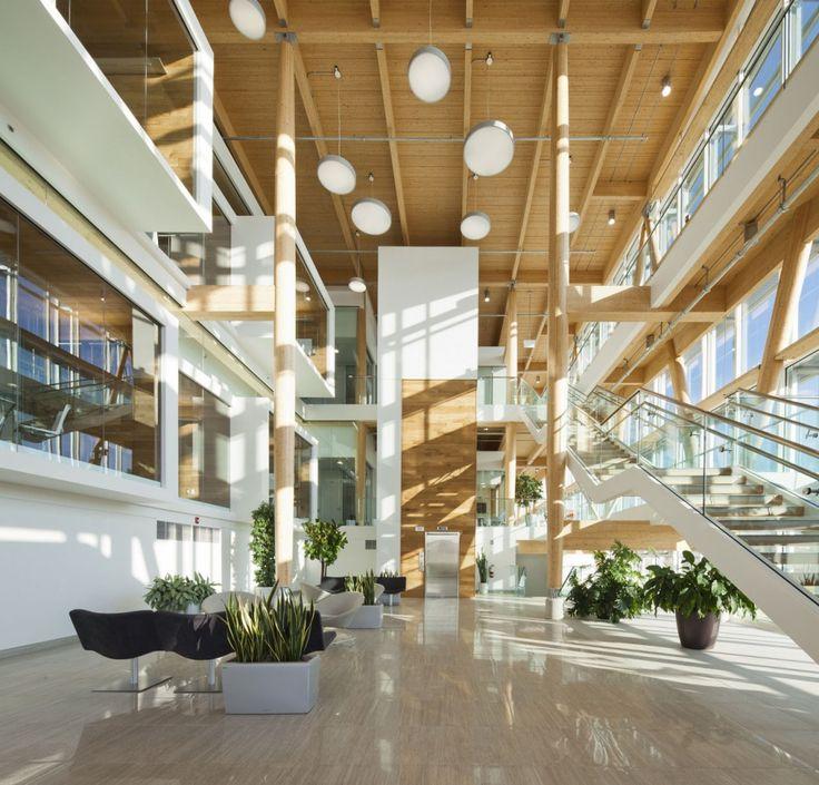 Administrative Building of Glaxo Smith Kline / Co Architecture