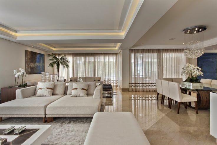 Casa com arquitetura e decora o contempor nea e cl ssica for Casa moderna classica