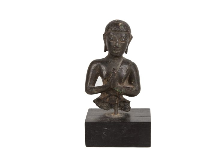 Description A bronze figure of a Buddhist devotee. Ayuthia period, Thailand, with hands in namasakara mudra.  Date 16th/17th century  www.collectorstrade.de