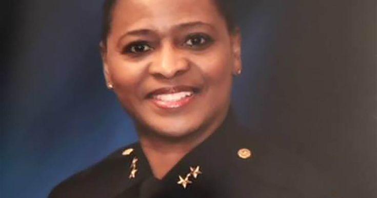 Dallas County's first black sheriff sworn into office