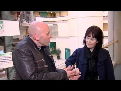 ▶ Why Study Languages - COLT - Simon Rimmer interviews Sharon Handley - YouTube