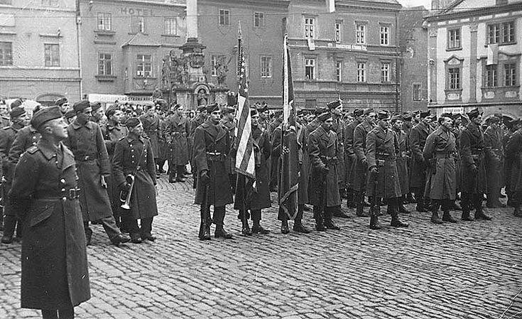 Osvobození Českého Krumlova 1945, americká armáda, česká vojenská hudba