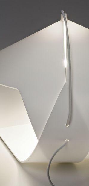 Oltre 20 migliori idee su lampade da parete su pinterest - Lampade a parete ikea ...