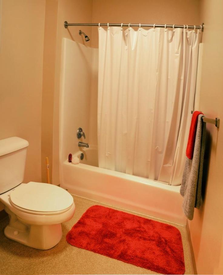 Ci housing 39 s santa cruz village bathroom ci student for Village bathroom photos