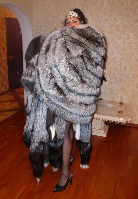 Silverfox fur queen - furs, furs, furs , never enough ...
