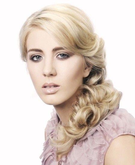 Причёска с ХВОСТОМ на резинке - причёска с постижем, волнистые волосы, светлый блонд http://www.aleksandr-and-olga.ru/ http://www.livemaster.ru/hair-collection