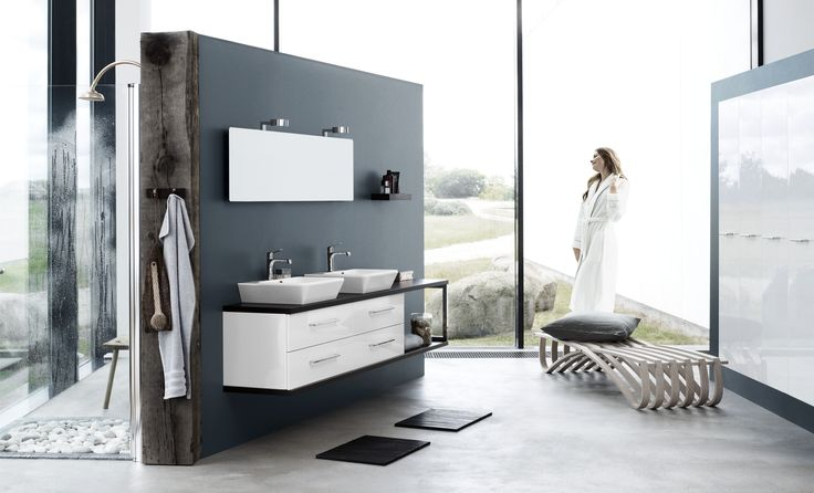 Dansani Calidris table top solutions are available in special lengths of up to 2.4 metres. Numerous units, washbasins and accessories allow you to emphasise the special characteristics of the room and choose the functionality you need.