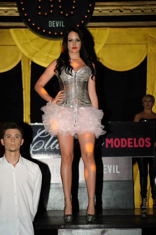"""Desfile de moda """"TOP FASHION SHOW CORSÉS & DRESSES""""   El pasado miércoles 8, """"El Secreto de Carol"""" estuvo presente en el desfile de moda """"TOP FASHION SHOW CORSÉS & DRESSES"""", organizado por Claudia Modelos Madrid y celebrado en el Teatro Bodevil de Madrid.  Fue un gran desfile tanto por su organización como por la calidad del trabajo de todos los profesionales que participaron.   ¿Te gustan las prendas que lucen las modelos? Las tienes disponibles en nuestra Tienda de la Puerta del Sol nº4…"""