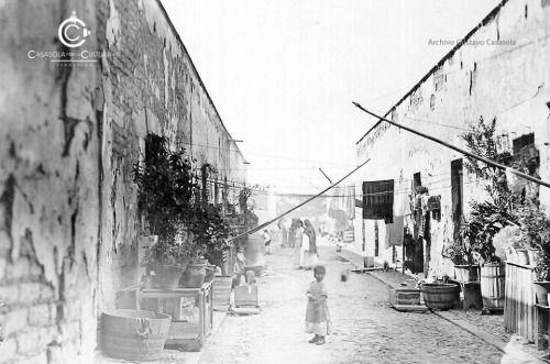 Vecindad de la Ciudad de México, principios del siglo XX Fuente: Archivo Higinio Casasola