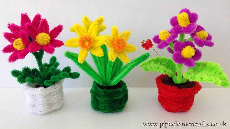 pipe cleaner flower pots. tutorials are on my youtube channel http://youtu.be/-6KDXp4-l5Y