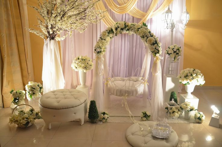 9 best rose hanging images on pinterest events marriage for Baby palna decoration