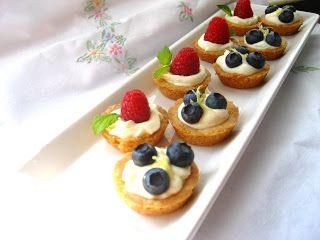 17 Best ideas about Mini Fruit Tarts on Pinterest | Fruit ...