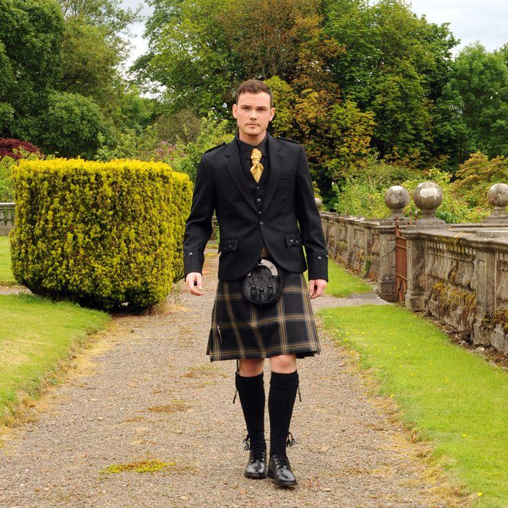 Black Galloway kilt, exclusive to Anderson Kilts.