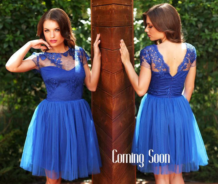 Short dress for bridesmaids, in a beautiful shade of blue.