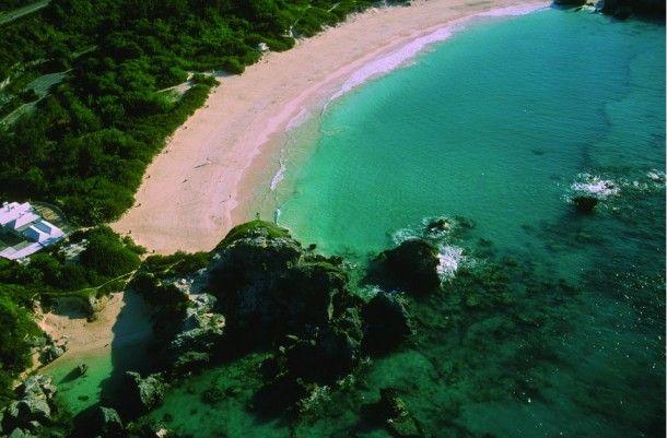 7 Colorful Beaches Around The World